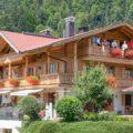 Ferienhaus Neumaier Reit im Winkl mit Markierung Ferienwohnung Kaiserwinkl