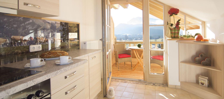 Küche Ferienwohnung Kaiserwinkl Studio mit Balkon in Reit im Winkl