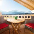 Balkon der Ferienwohnung Kaiserwinkl Studio in Reit im Winkl mit Blick auf das Kaisergebirge