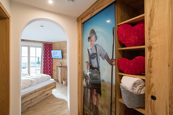 Ferienwohnung kaiserwinkl exklusiv neu gestaltet reit im - Exklusive schlafzimmer ...