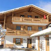 Ferienwohnungen Neumaier, Winter in Reit im Winkl, Ferienhaus mit neu renovierter Fassade